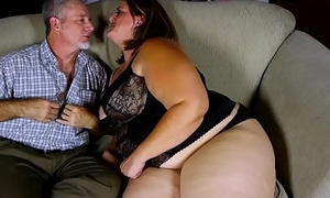 Beautiful BBW with nice chunky tits loves to suck and have a passion